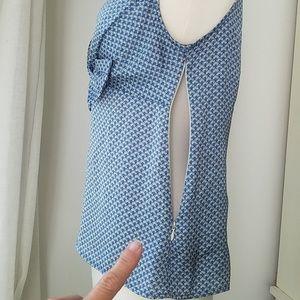 Banana Republic Tops - Banana republic+ sleeveless blouse